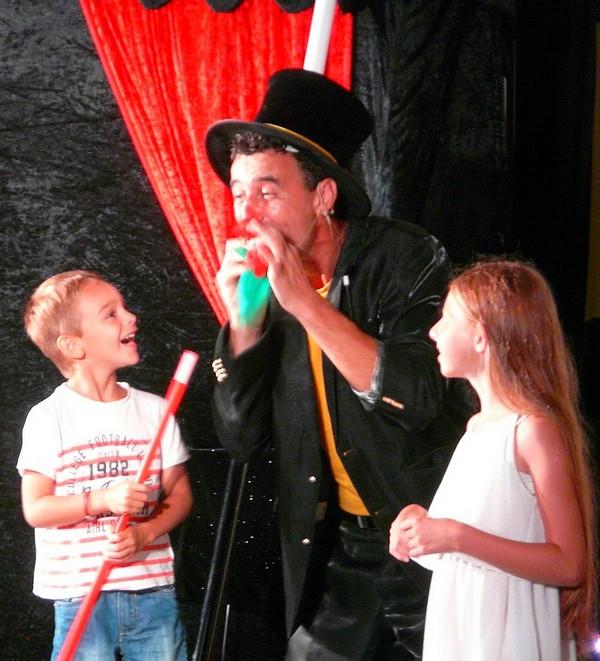 magicien enfants spectacle Pays de Loire